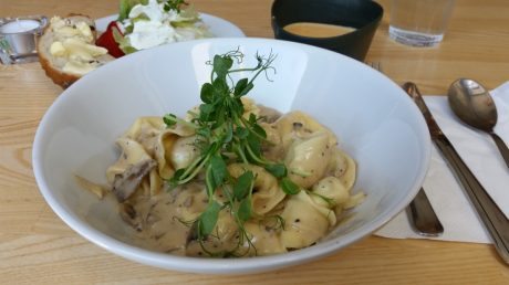 lunch på Örebro ölhall