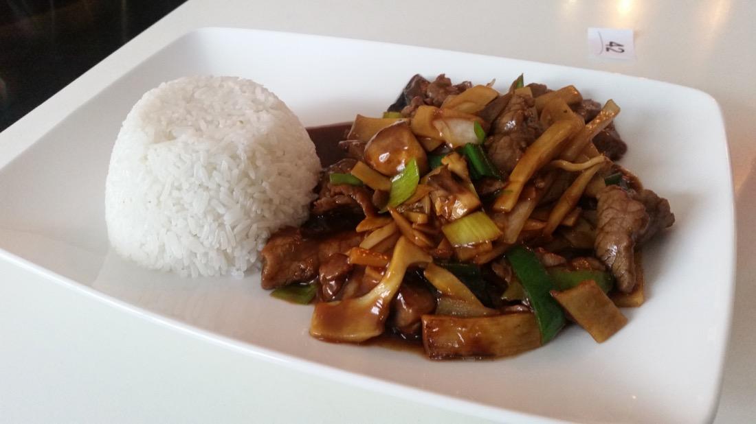 lunch på Saigon