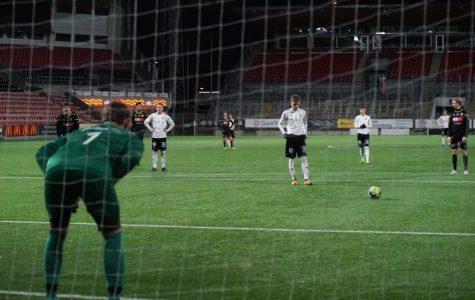Rickard Torstensson tränar de äldsta i akademin