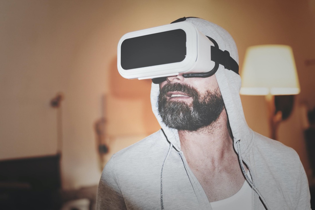 virtual reality headset at home