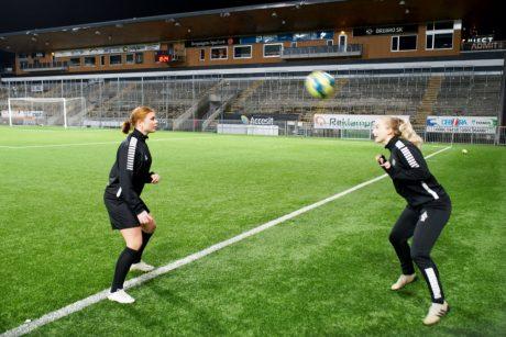 Ebba Lundqvist och Ebba Öhrlund ÖSK dam
