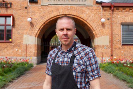 Anders Johnsson utanför CV-köket